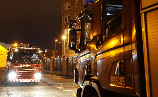 Man rescued from Glasgow kitchen fire