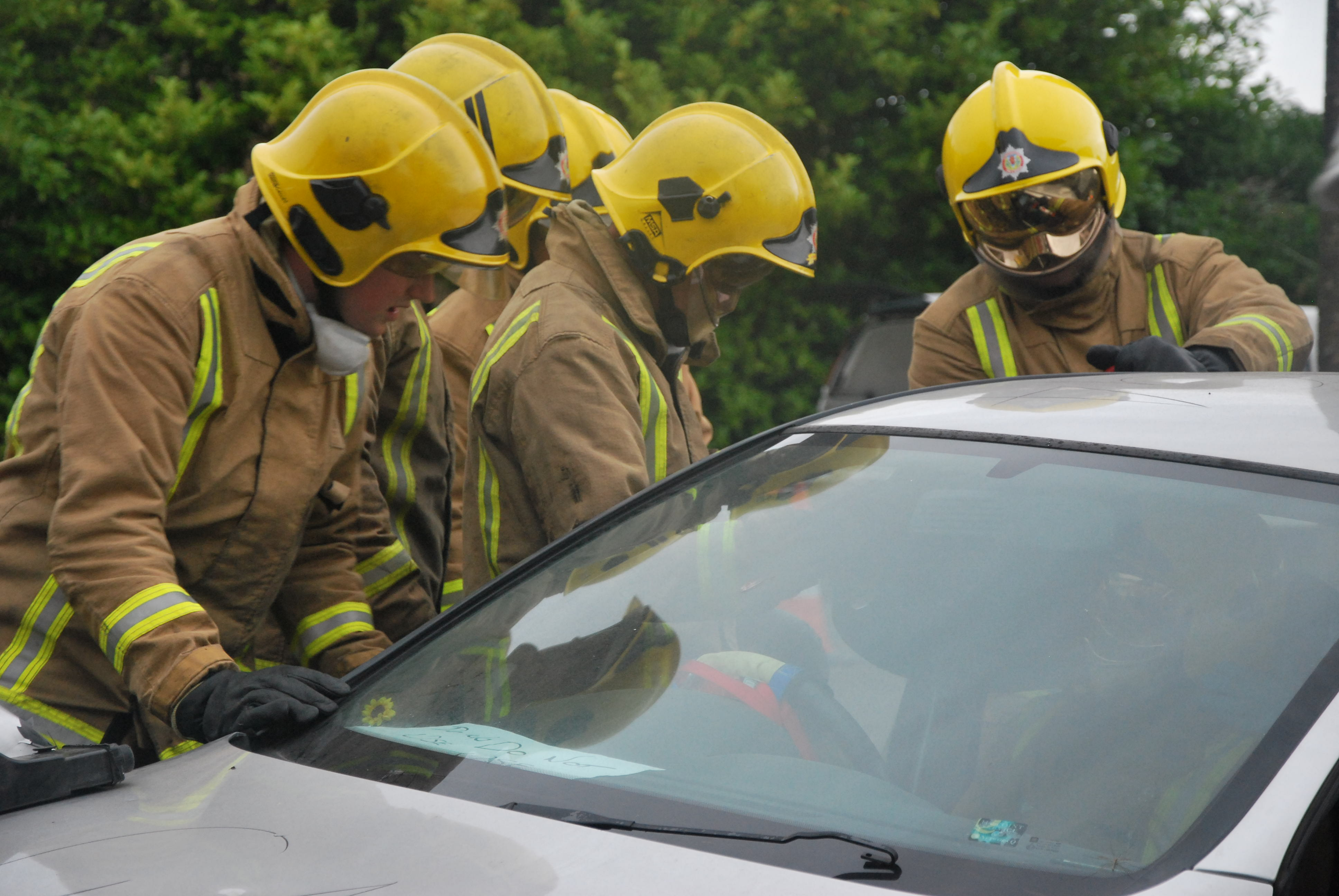 Ayrshire crews in two road rescues