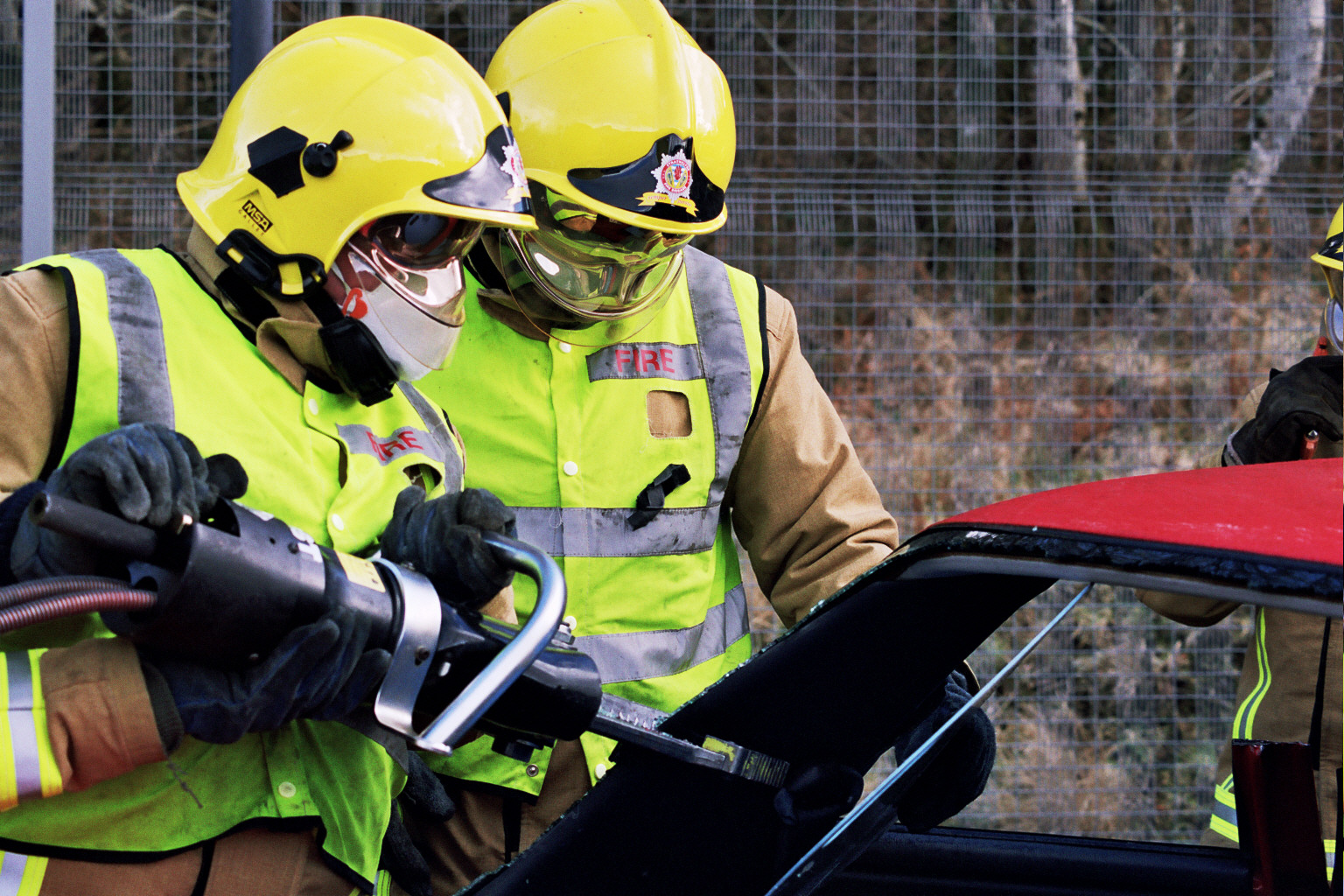 Two rescued after North Ayrshire collision