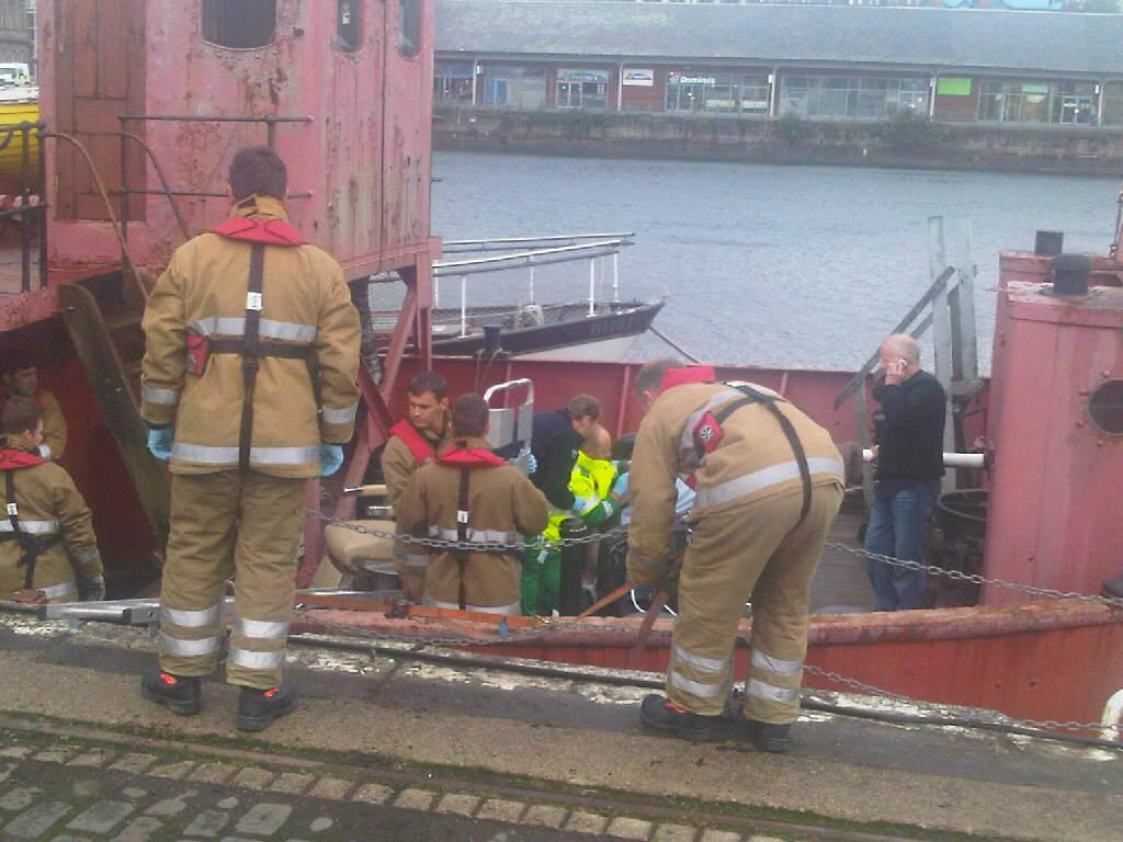 Rescue of man after boat fall, Dundee