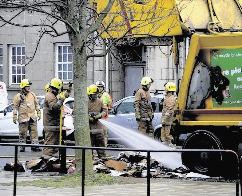 Bin lorry fire in Aberdeen city centre