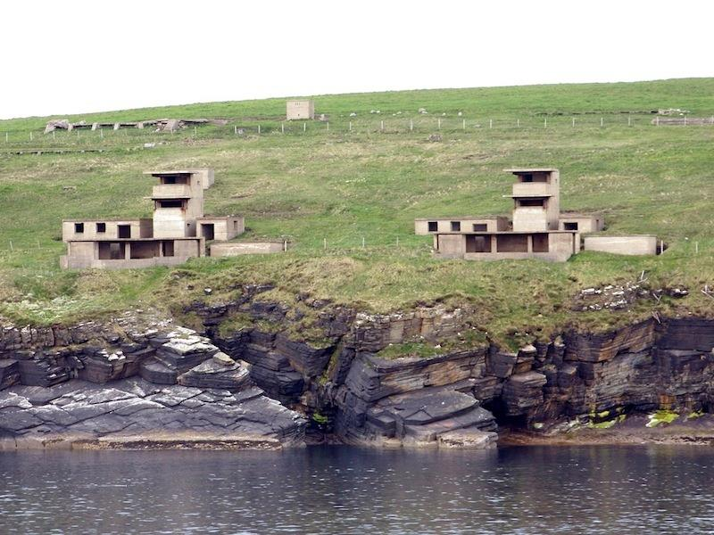 St Margaret's Hope crew rescued man who became stuck in WWII battery