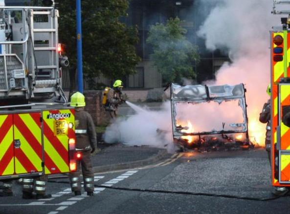 Fire crews extinguished caravan fire in Dundee last night