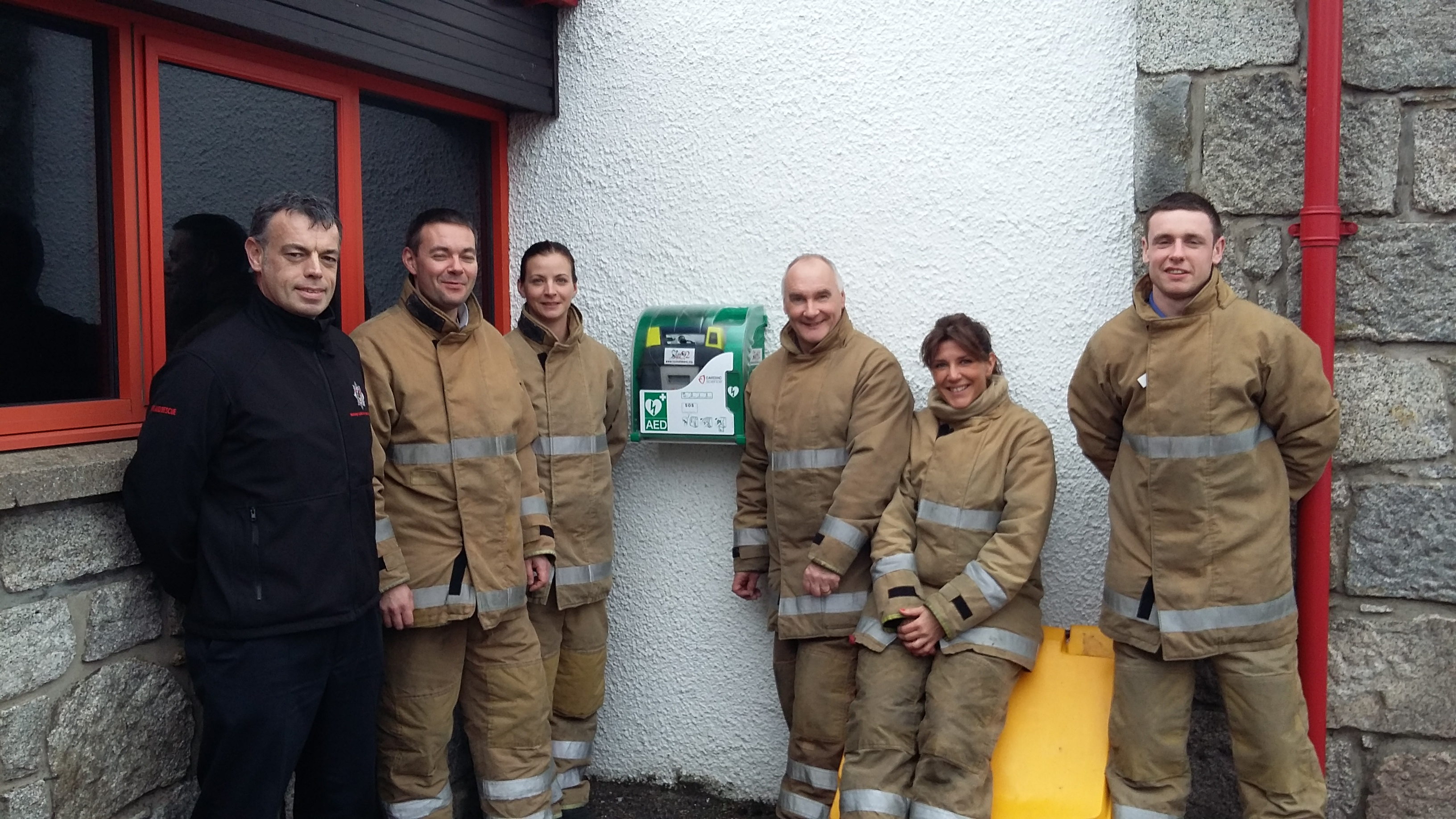 New defibrillator at Aviemore fire station