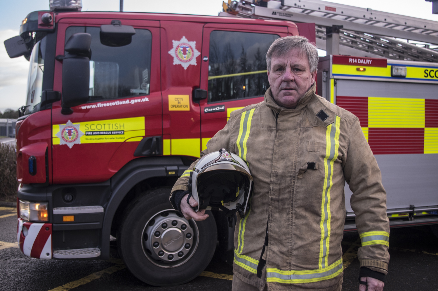Firefighter with 43-years service still moved by toddler rescue two decades ago