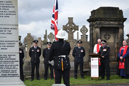 Chief Officer Hay addresses Cheapside Street memorial