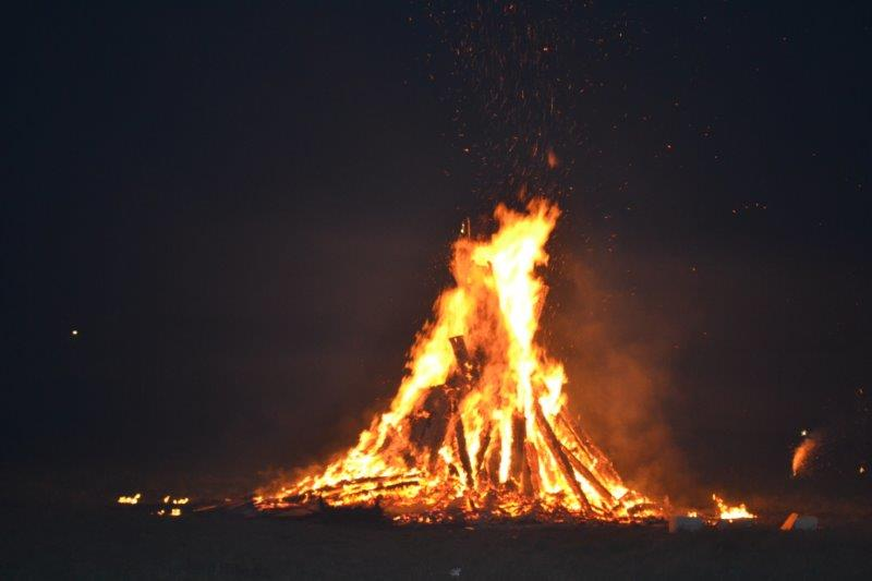 Top fire officer condemns attacks on firefighters