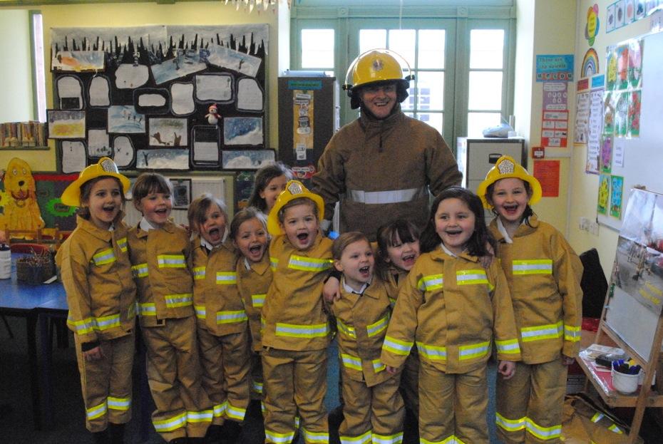 Kids at Kilgraston School, Bridge of Earn get special SFRS visitor