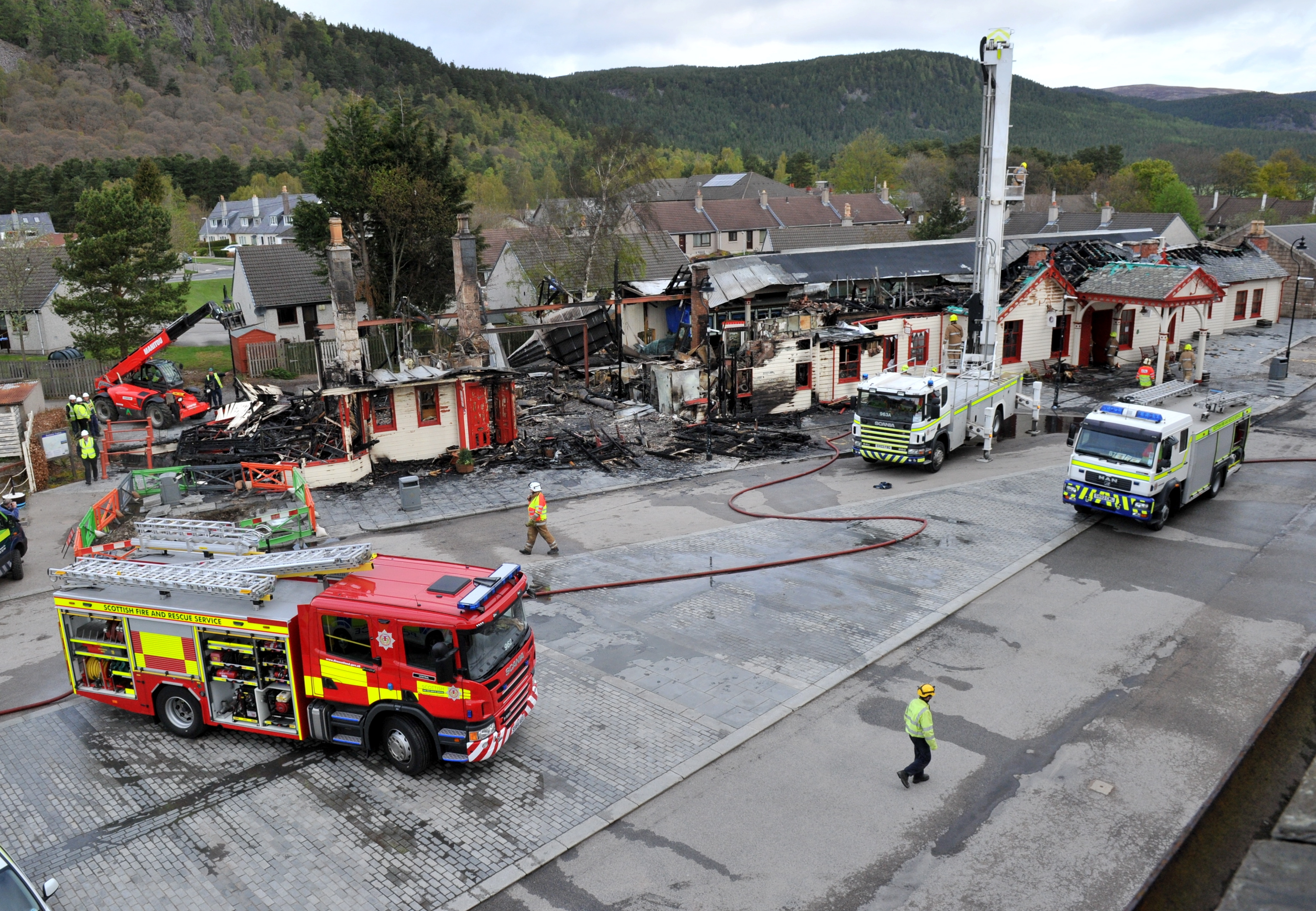 Firefighters save replica Queen Victoria railway carriage following fire at Ballater restaurant