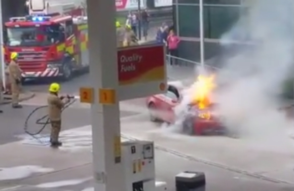SFRS extinguished car fire in Dundee petrol station forecourt