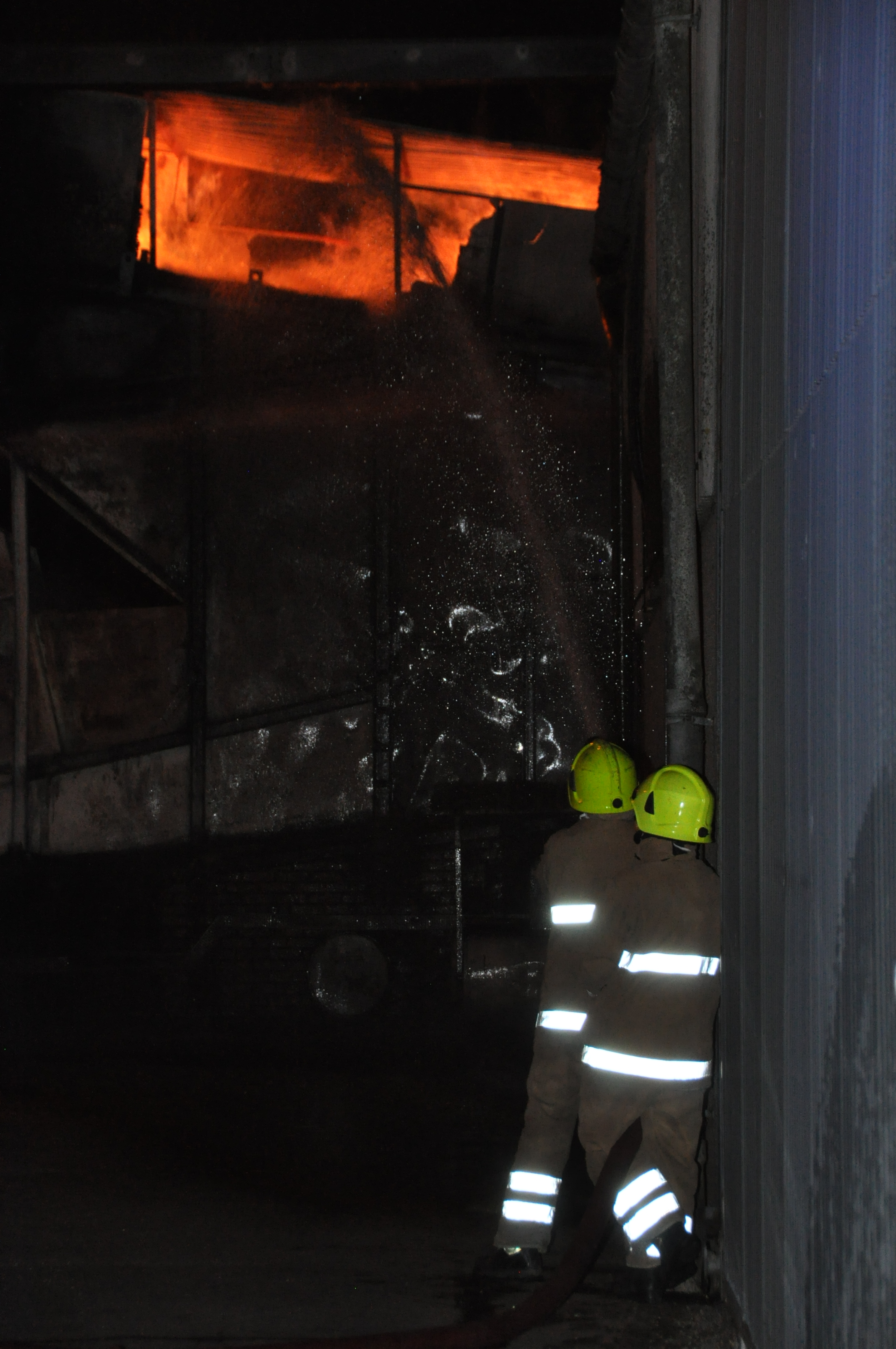 Grain dryer fire at farm at Dunmore, near Falkirk