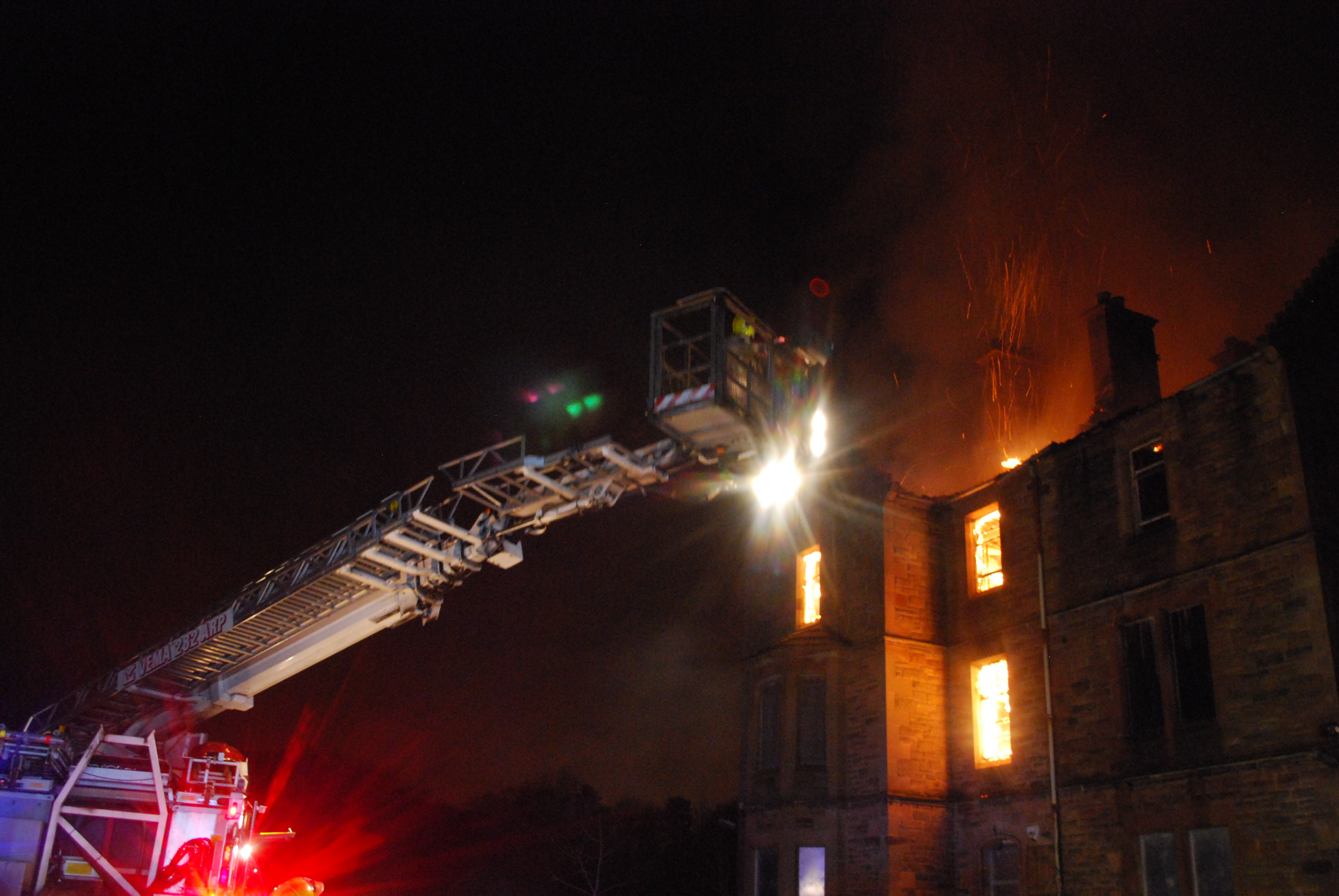 Fire at derelict building near Shotts (1)