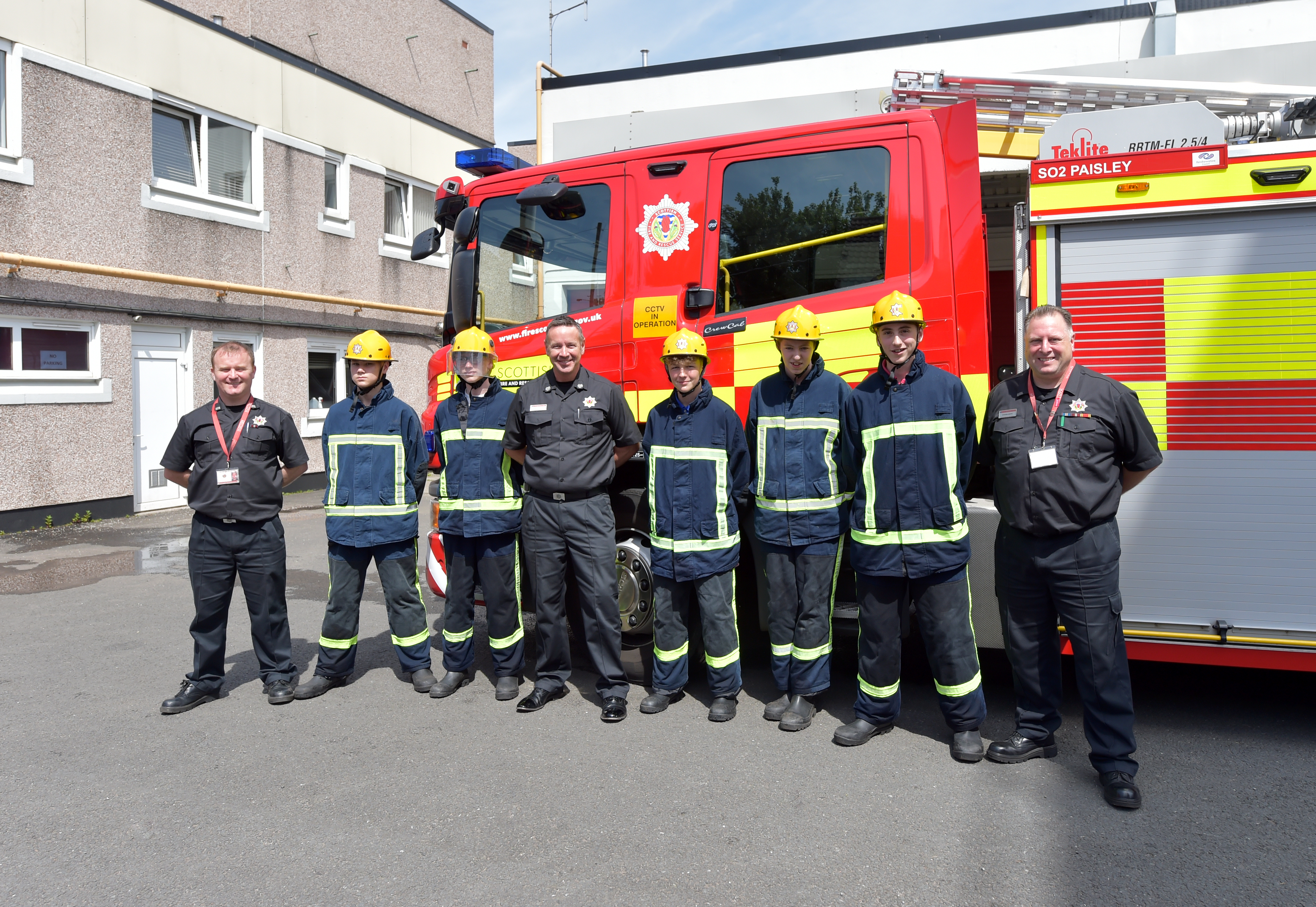 Renfrewshire youngsters complete Firereach course