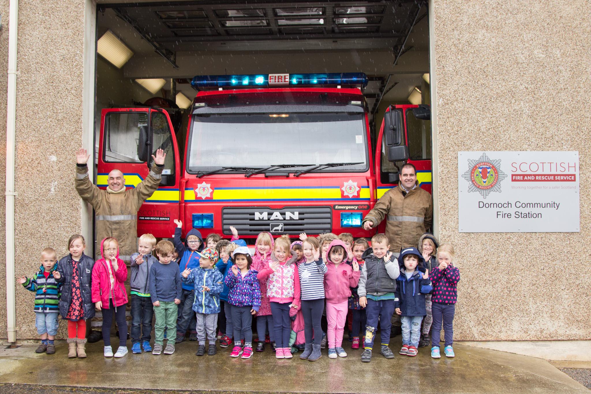 Dornoch firefighters welcome nursery kids