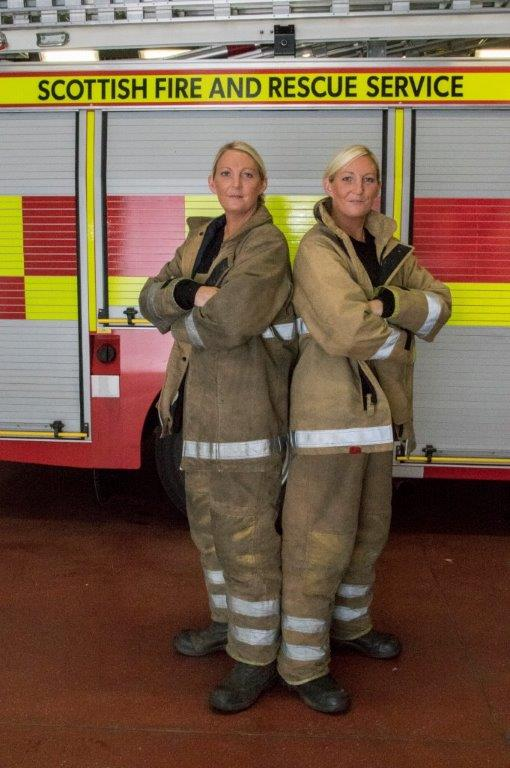 Twin firefighters make a great double act (1)